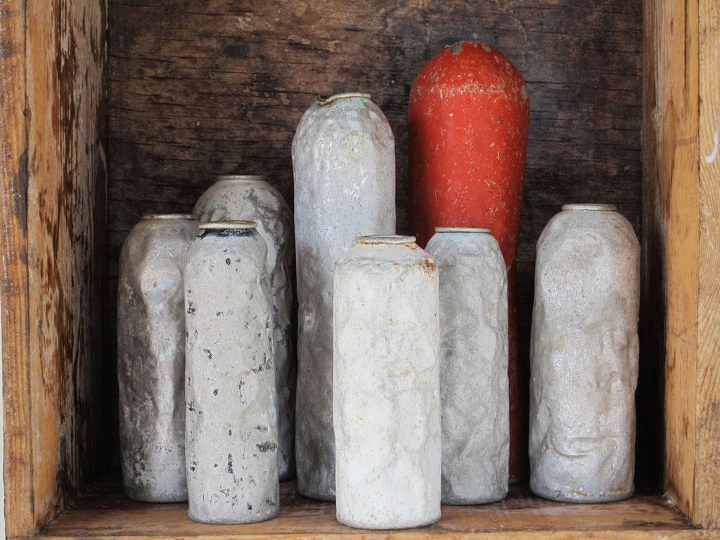 Vasenschrein, Wohnskulpturen, Upcycling, Möbel, Kraftobjekte Wolfgang Wallner Hall in Tirol