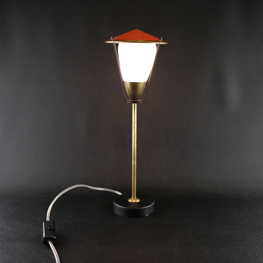 Lichtobjekt, Lampe, Straßenlaterne, Wolfgang Wallner Möbel Hall in Tirol