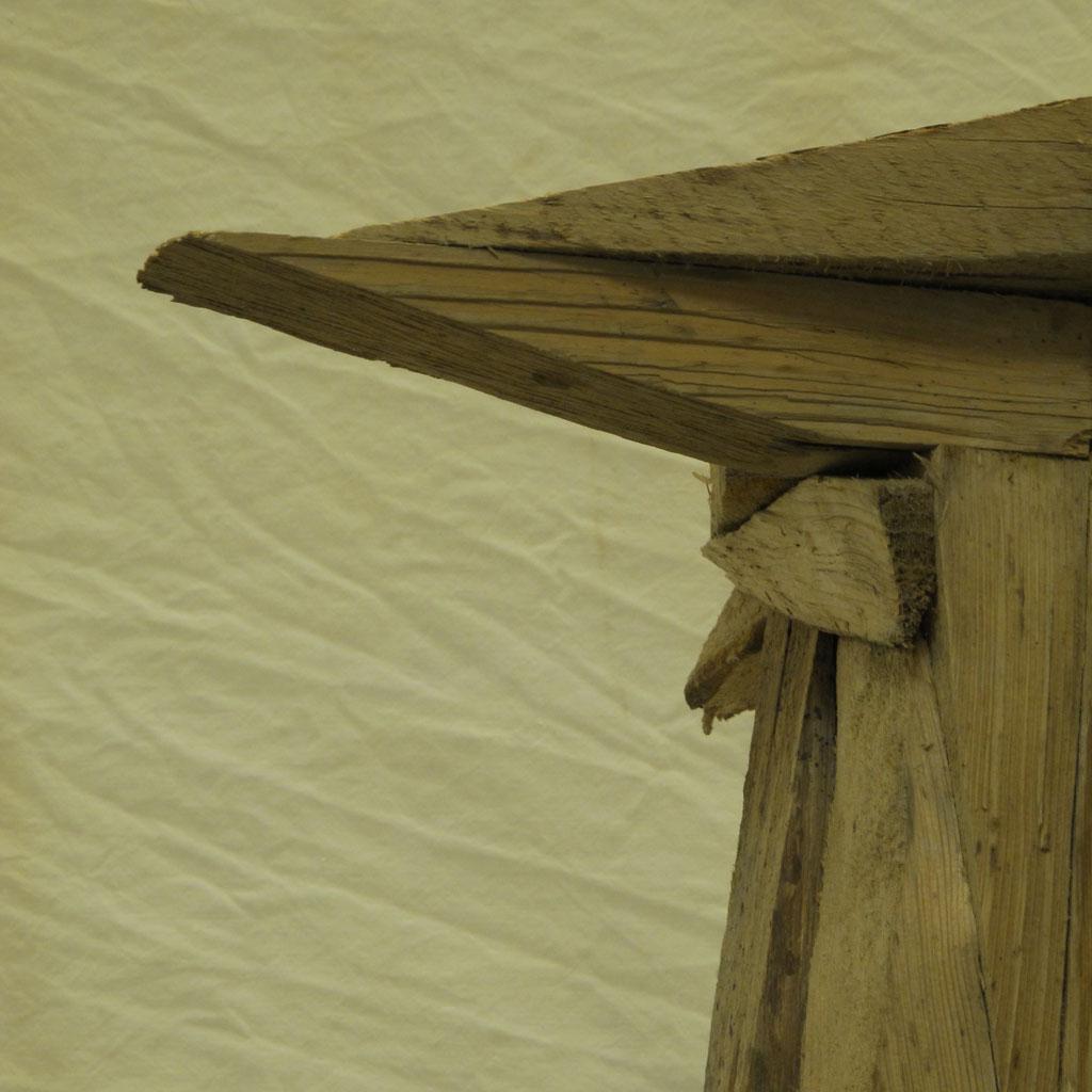 Torro, Stier, Holz, Skulptur,  Kraftobjekte Wolfgang Wallner Hall in Tirol