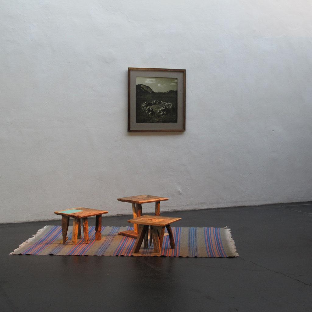 Beistelltisch, Pandora, Brauchholz, Wohnskulpturen, Upcycling, Möbel, Kraftobjekte Wolfgang Wallner Hall in Tirol