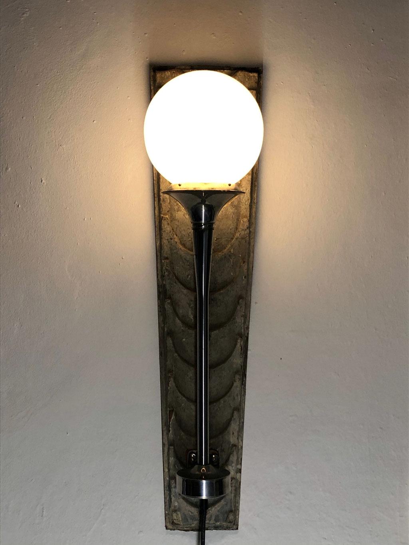 Wandlampe, Lichtobjekt, LKW Horn, Lampe, Upcycling, Wolfgang Wallner, Hall in Tirol