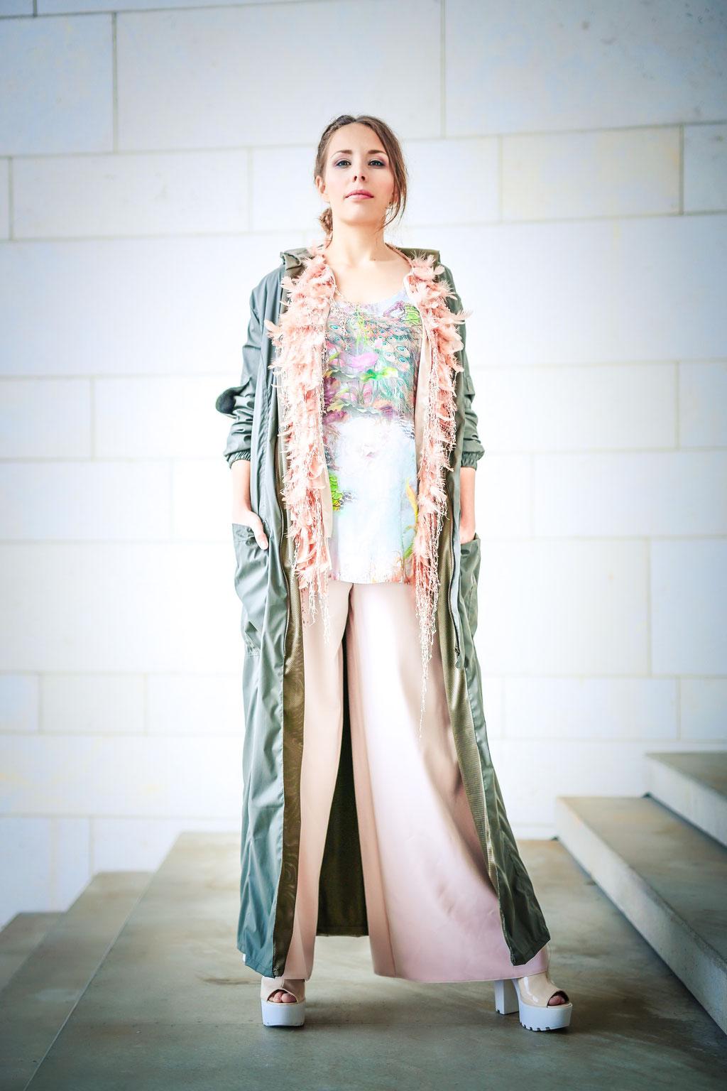 Photo: Oliver Nauditt // Model: Caroline We // Fashion: Marie Thiel