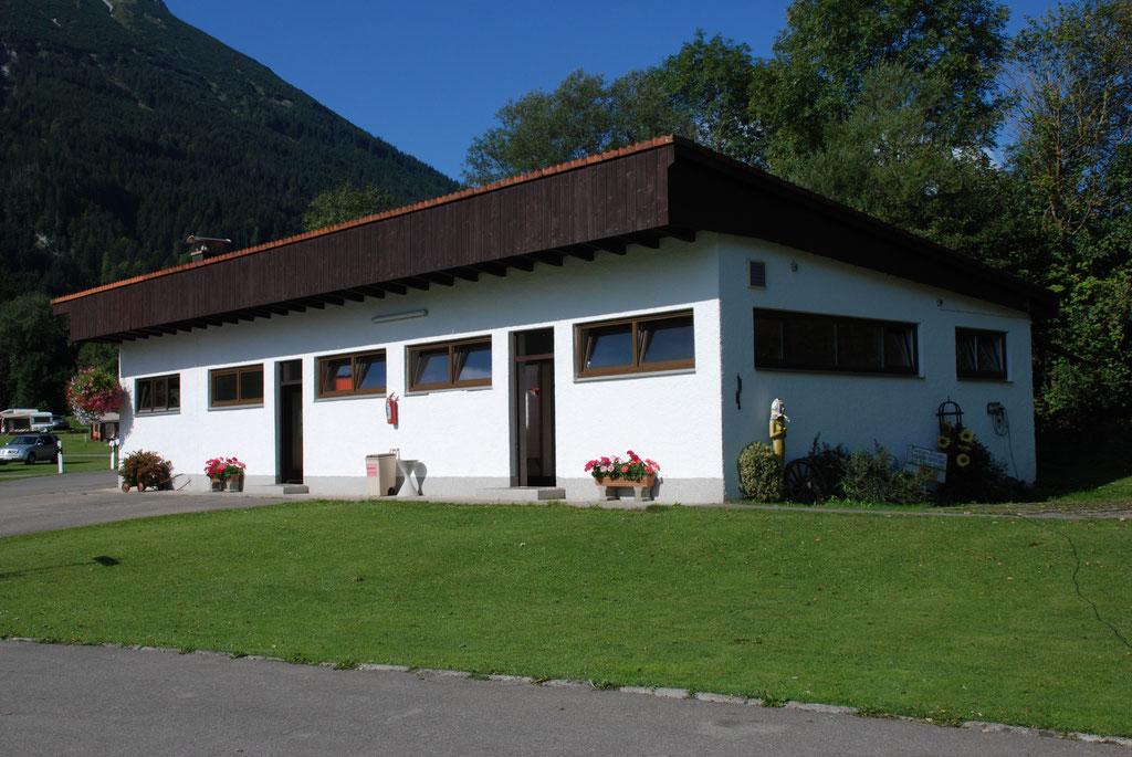 Waschhaus von Campingplatz Camping Pfronten