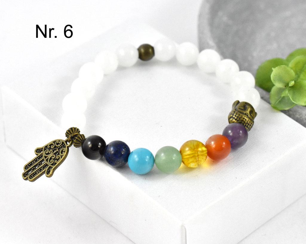 7 Farben im Foto Chakra Edelstein Armband von Cathy Thica