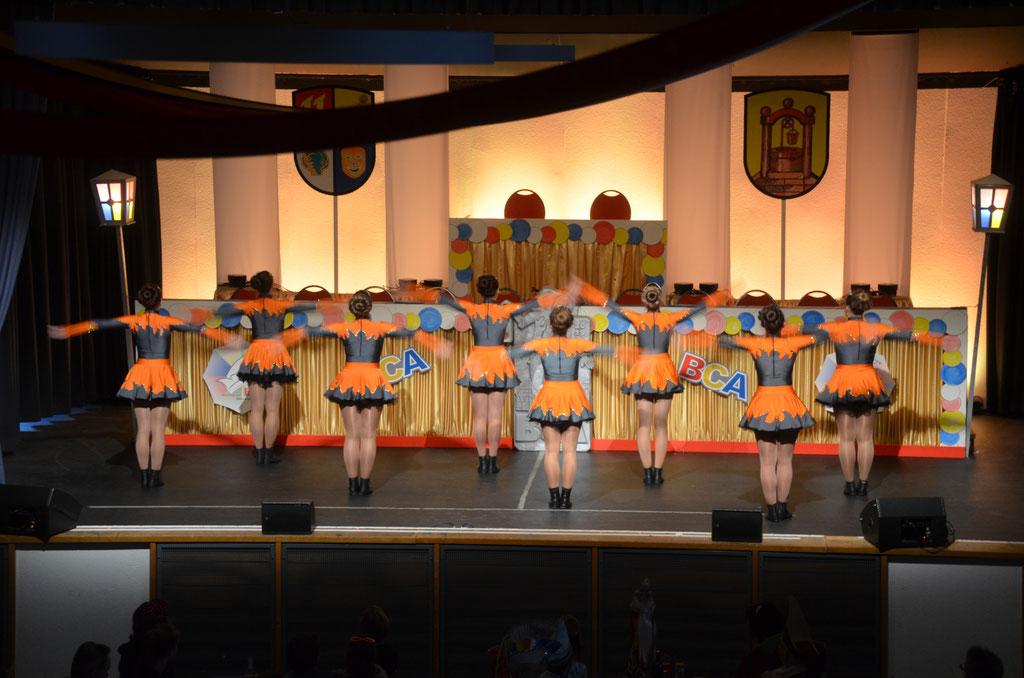 Polka-Formation der Chorgemeinschaft Dornheim