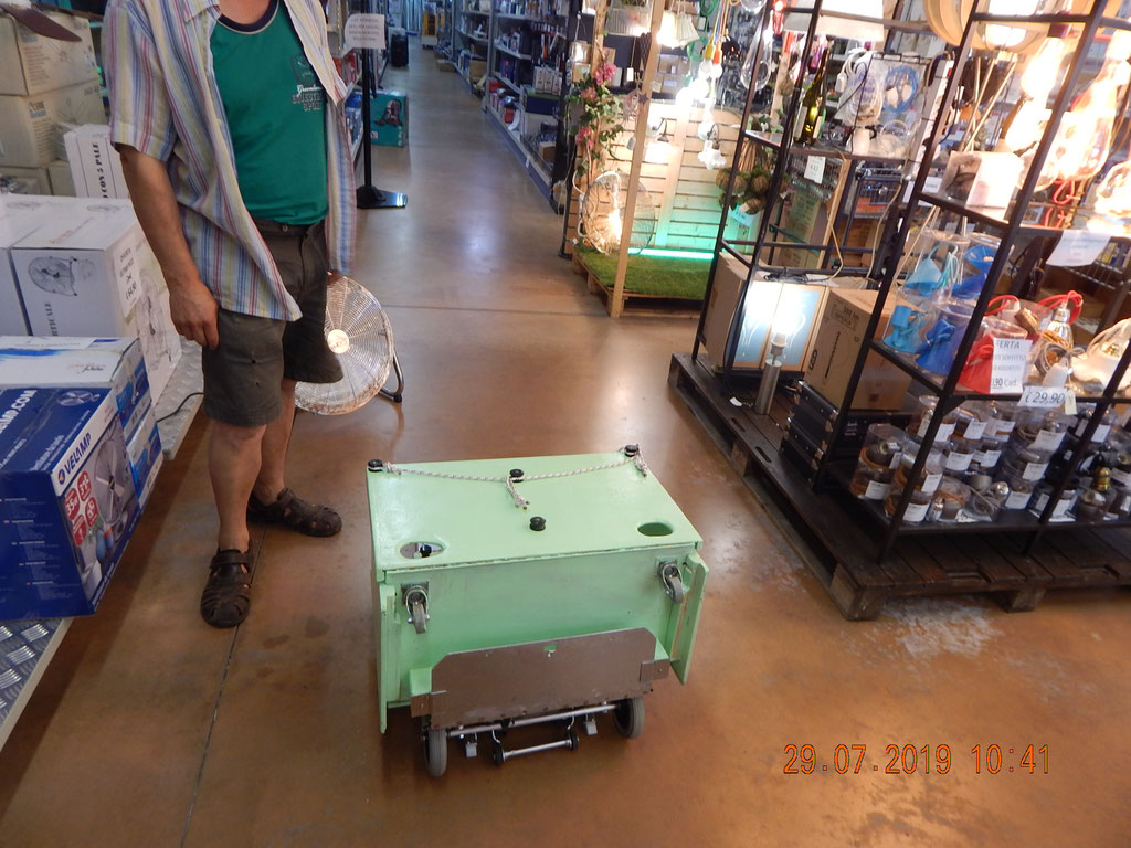 Come viene montato semplicemente lo Scalabox sul carrello Adelman