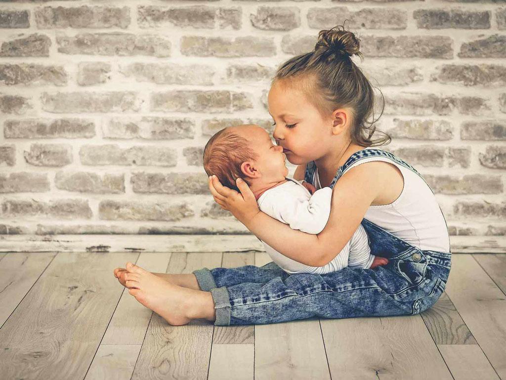 Annette Hofmann Fotografie-Familienfotografin-Pegnitz-fraenkische Schweiz-Portraitbilder-Premiumbilder-Babybilder-Neugeborenenfotos-Newbornbilder-Fotostudio