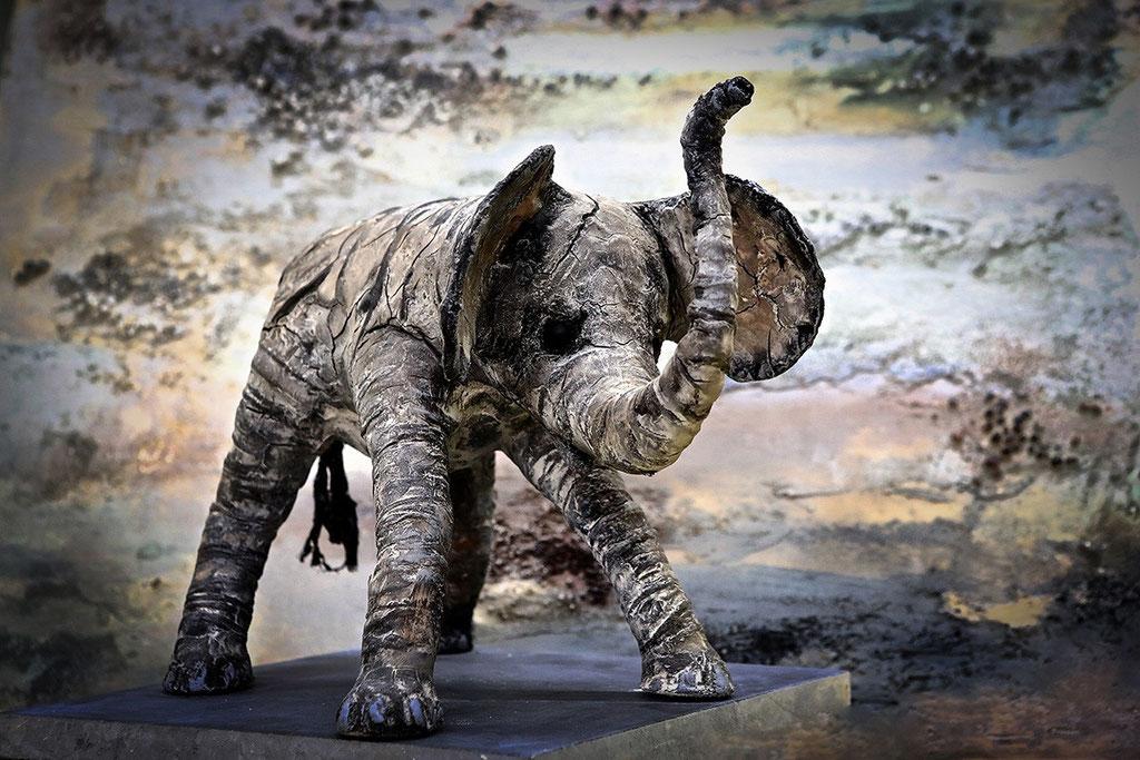 Elephant Baby - Powertex