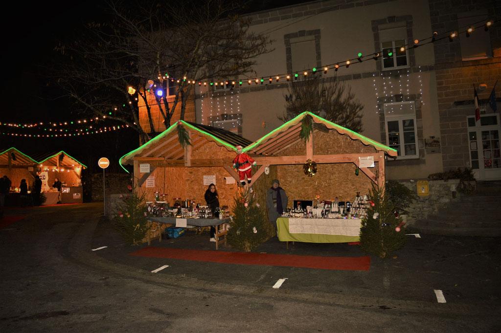 Le marché de Noël en soirée