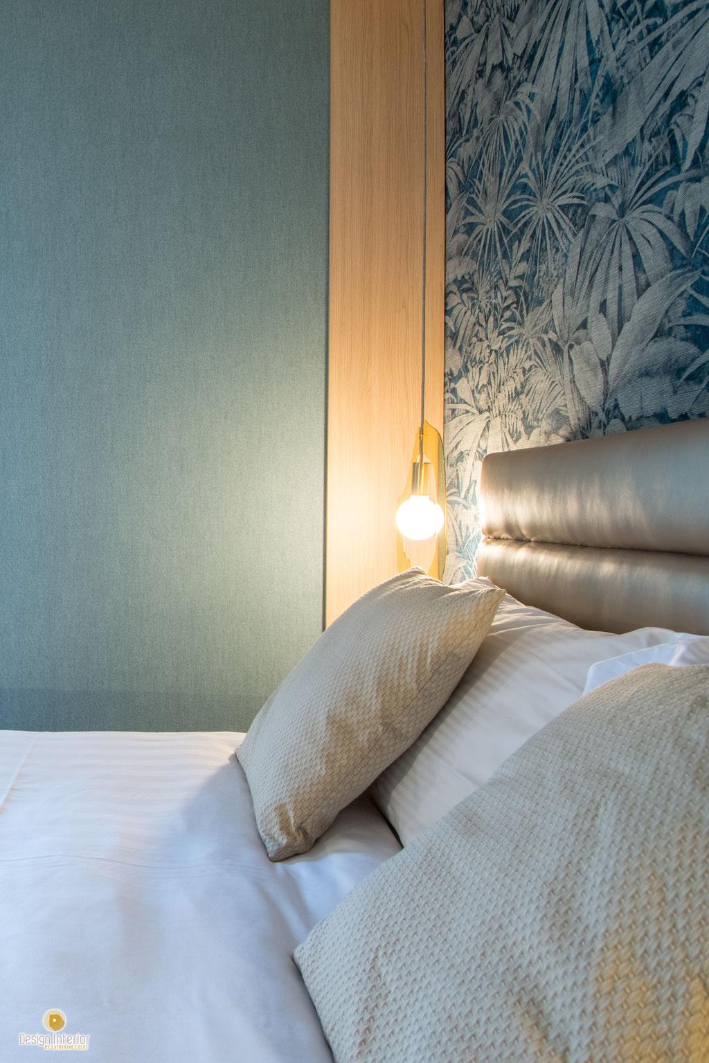 Rénovation suite parentale d'une chambre d'hôtel à 55Rénovation et décoration d'une chambre d'hôtel à Celles Houyet  Création mobilier sur mesure Décoratrice d'int60 Celles Houyet Décoratrice d'intérieur UFDI Catherine Colot Design Interior 5580 Rochefort