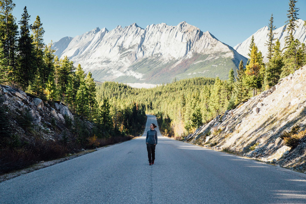 Road between Jasper and Maligne Lake. Two week road trip itinerary around the Canadian Rockies
