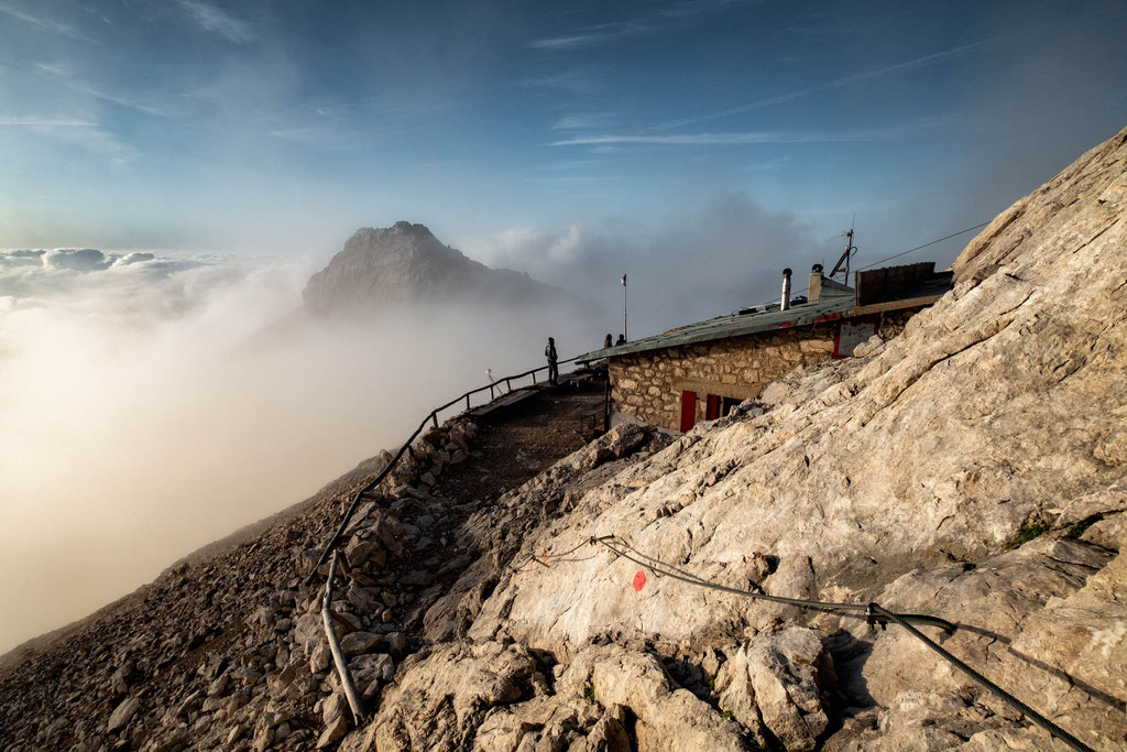 Rifugio Torrani above the clouds