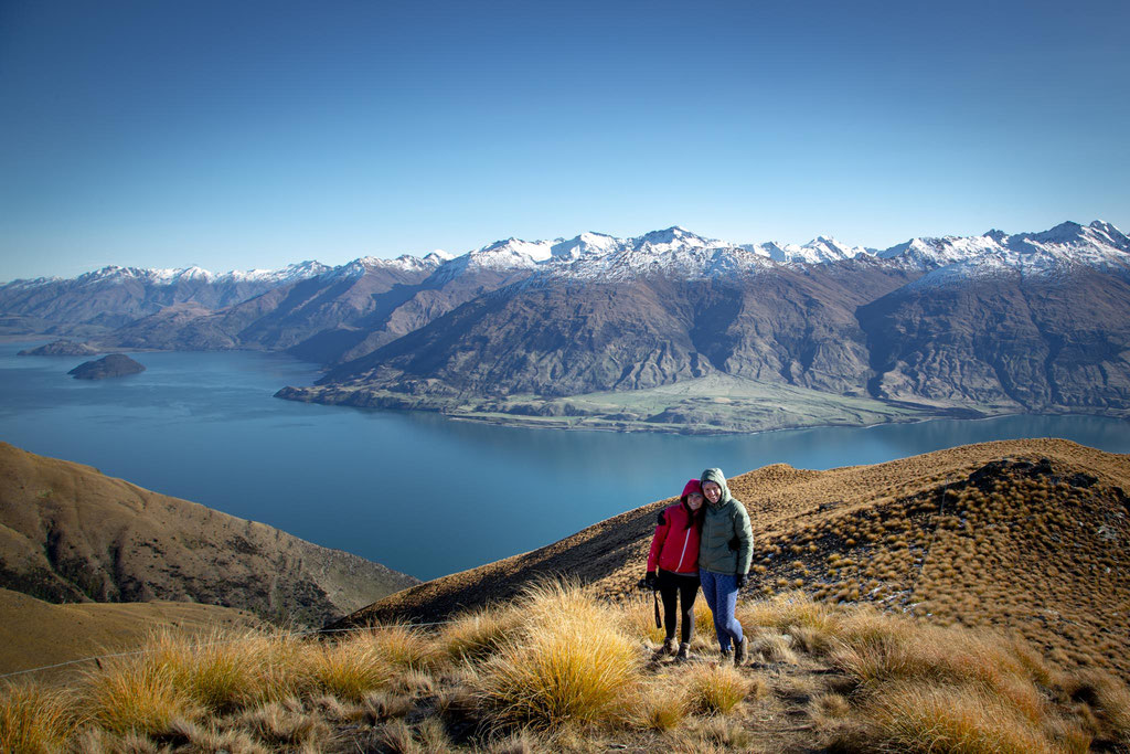 Me and my friend with Lake Wanaka in the backhround