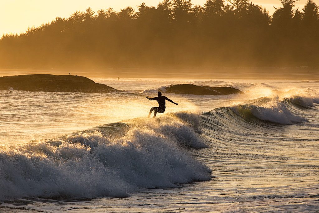 Surfing in the Pacific Rim National Park Reserve on Vancouver Island