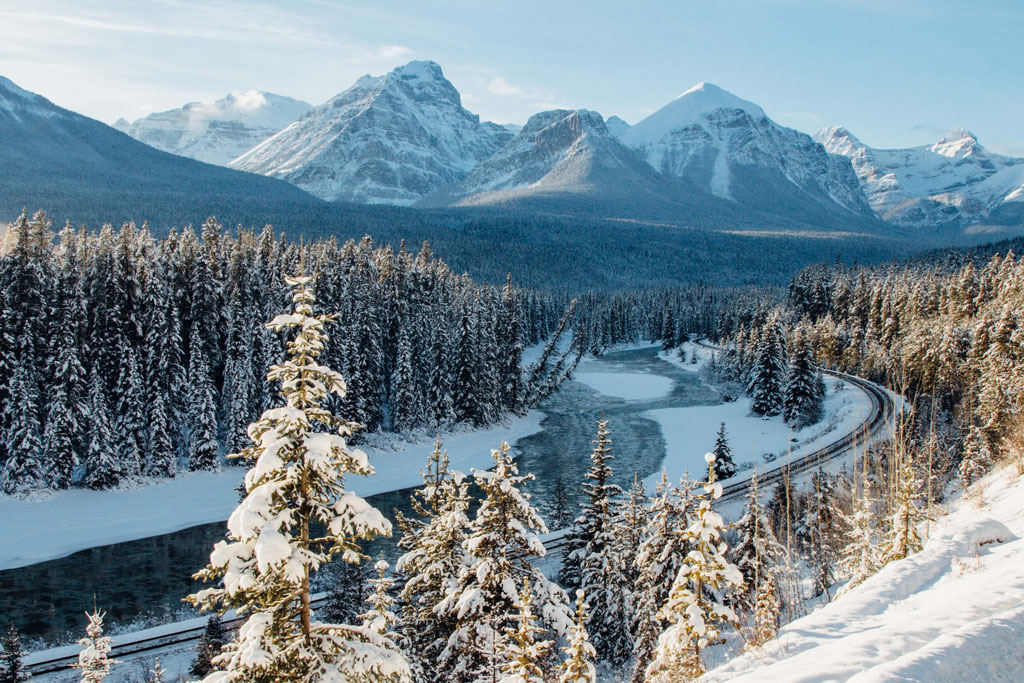 Moran't Curve. Two week road trip itinerary around the Canadian Rockies