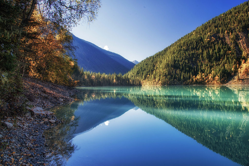 Kinney Lake in Mount Robson Provincial Park