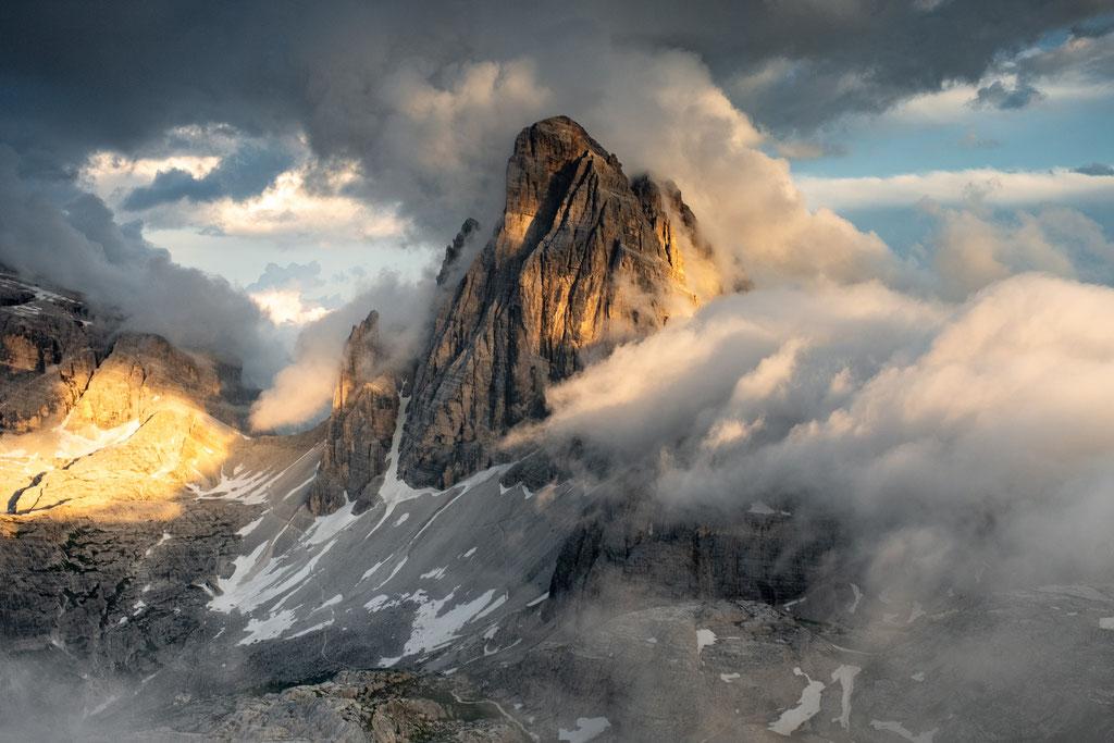 Croda Dei Toni covered in clouds