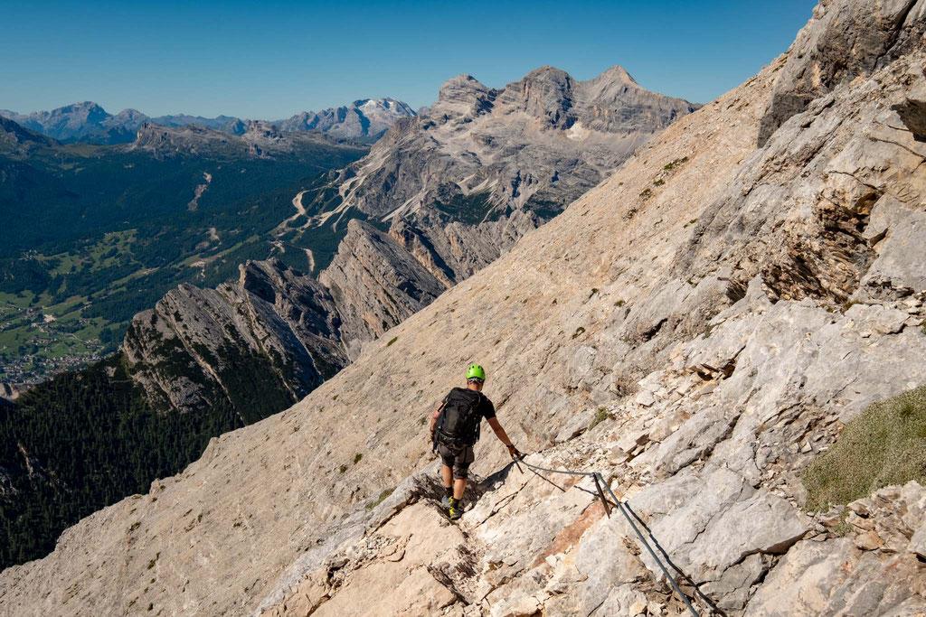 the views towards Cortina D'Ampezzo and Tofane di Mezzo from the route