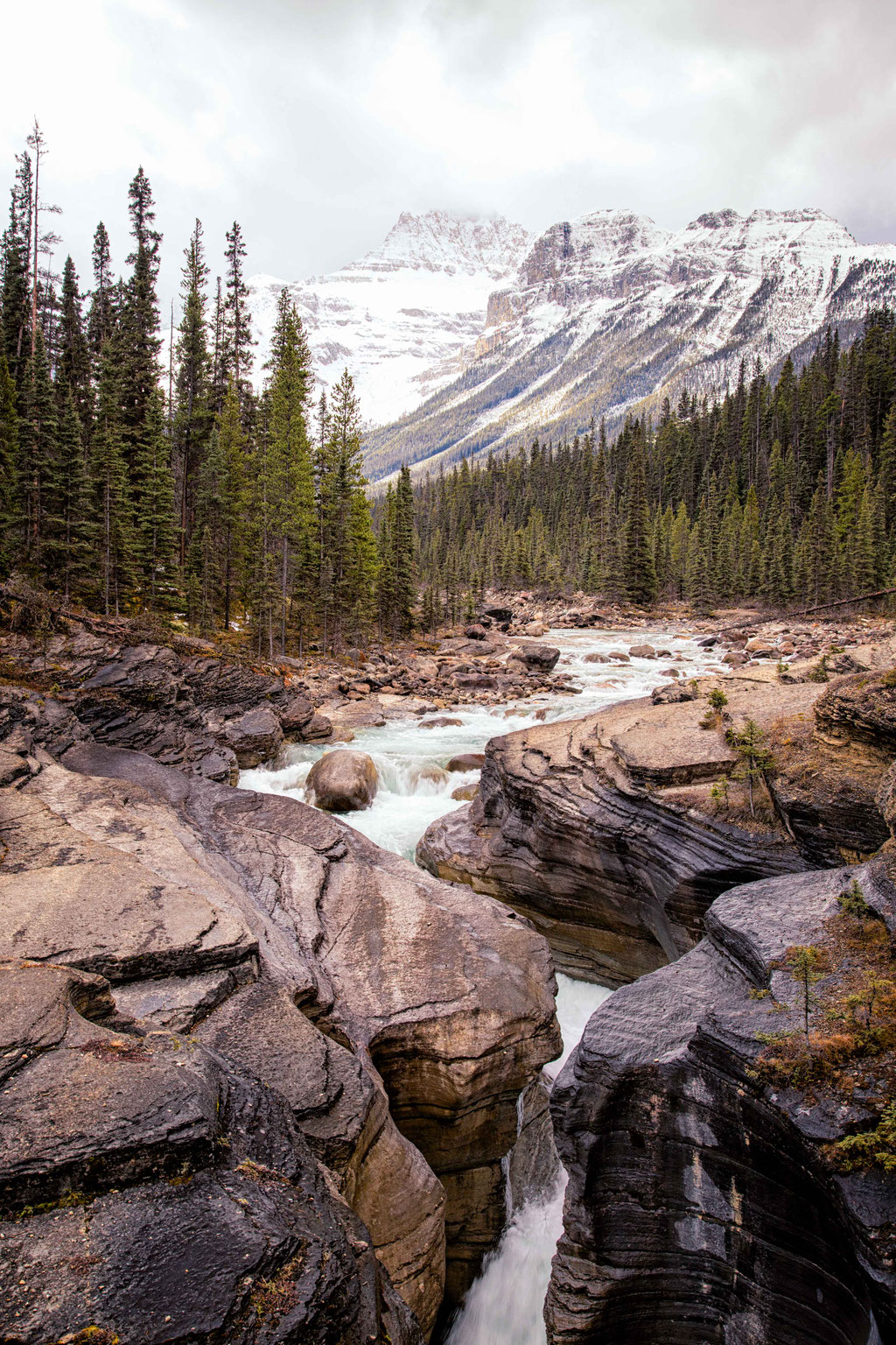 Mistaya Canyon. The complete travel guide to Icefields Parkway in Canada