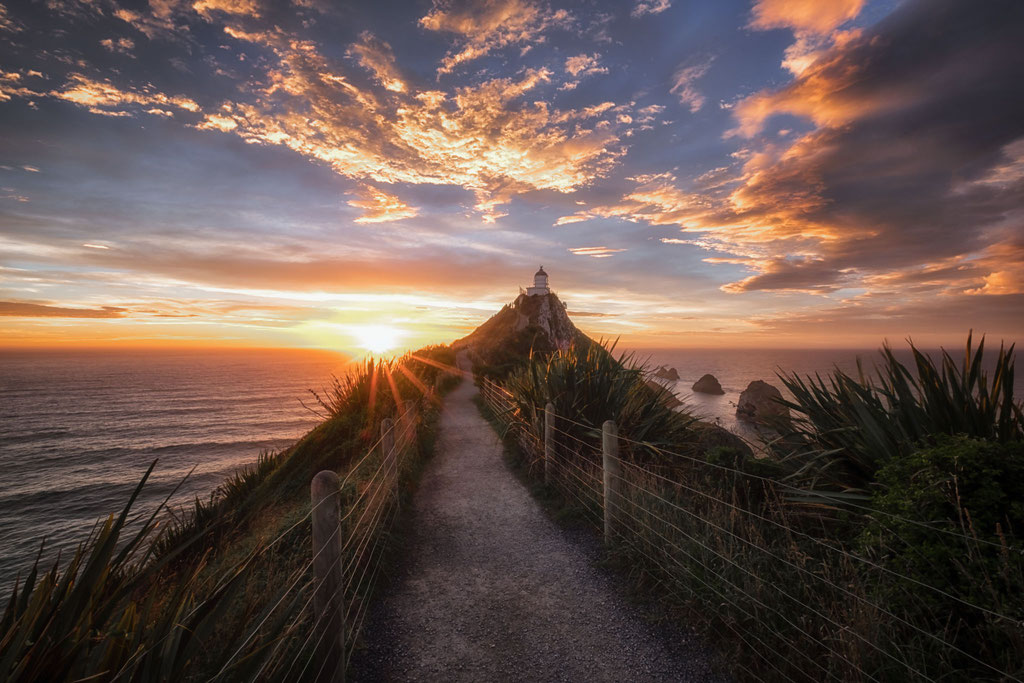 Sunrise at the Nugget Point Lighthouse