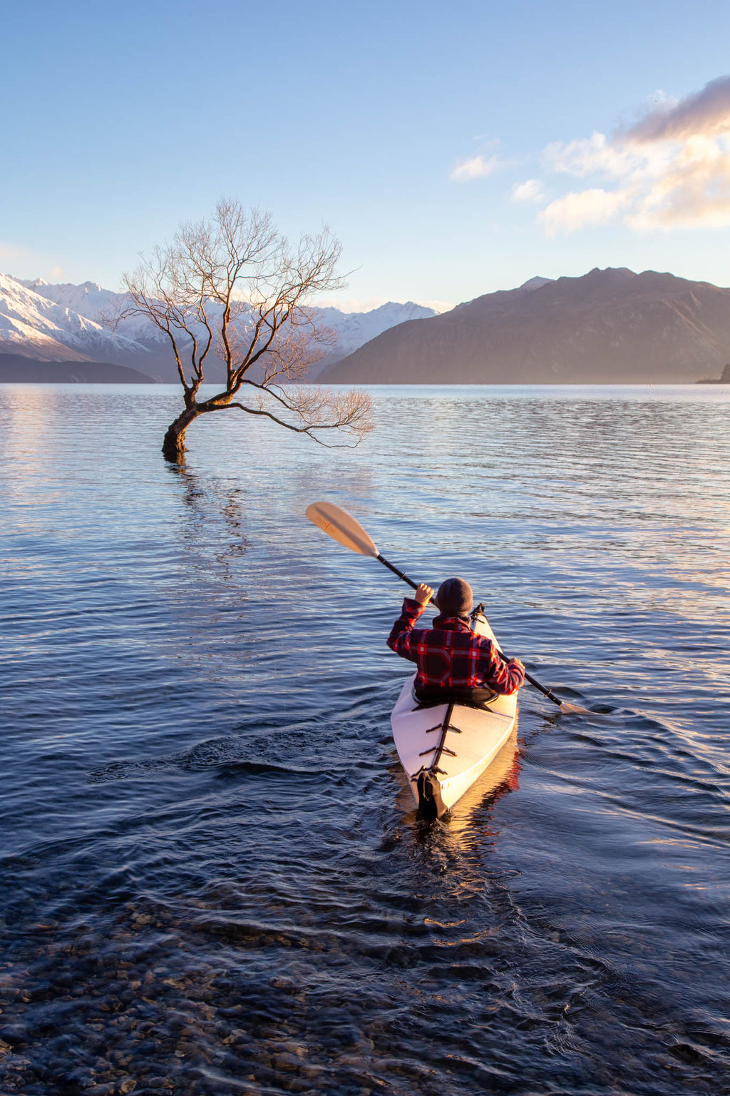 A friend of mine kayaking on the Wanaka lake