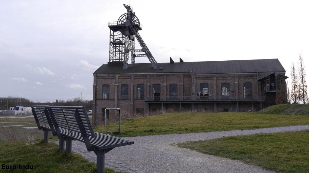 Heute befindet sich hier ein Parkgelände unter beinhaltung einiger historischer Bauten