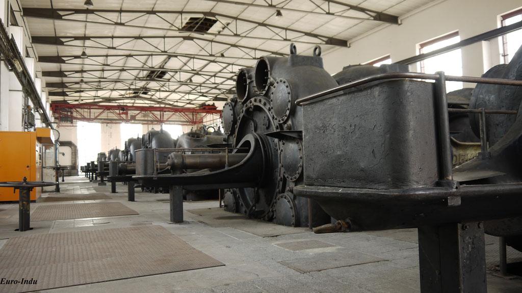 Großgasverdichter gebaut von der Demag im zentralen Maschinenhaus