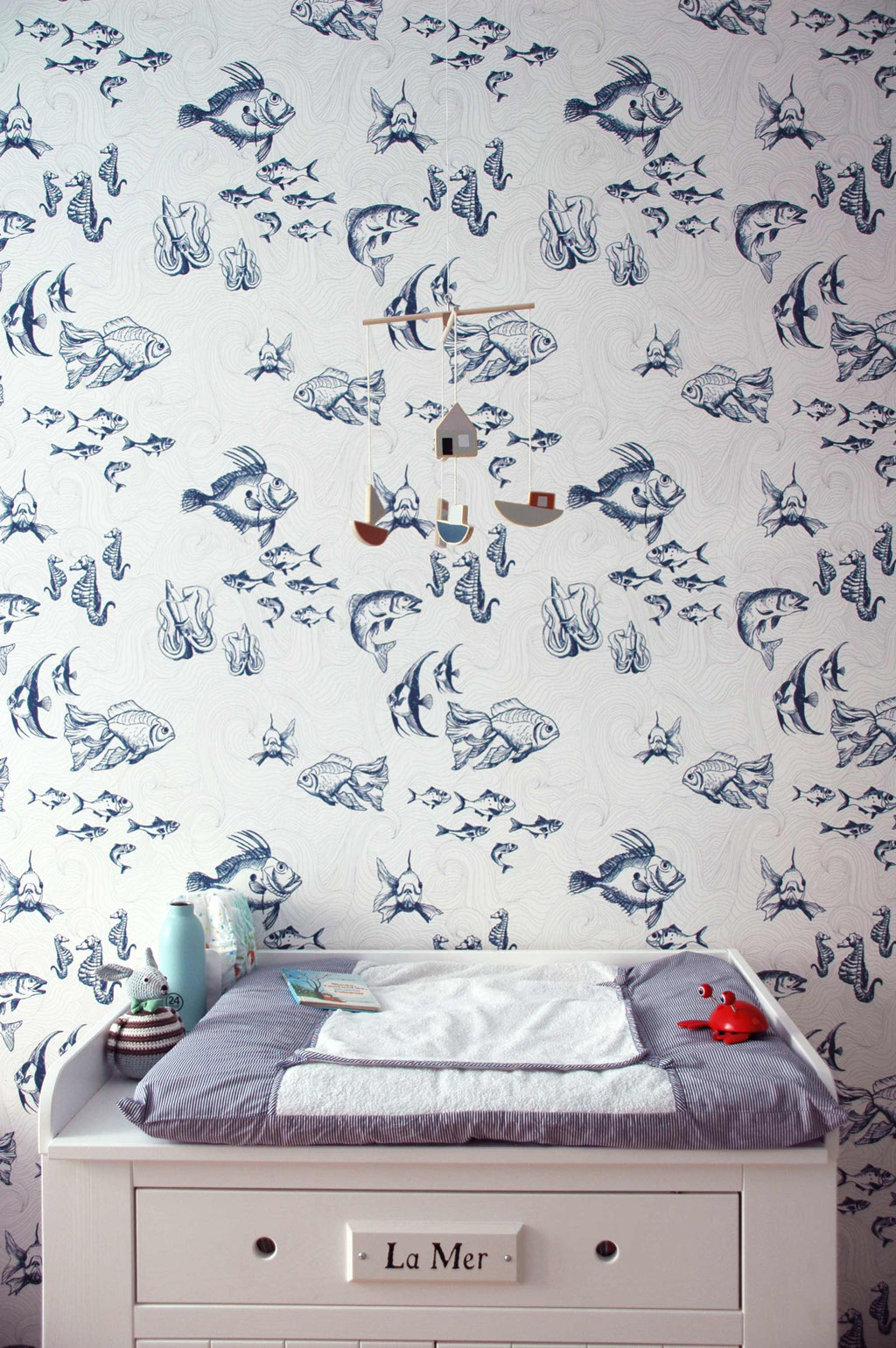kids room interior design, fish wallpaper