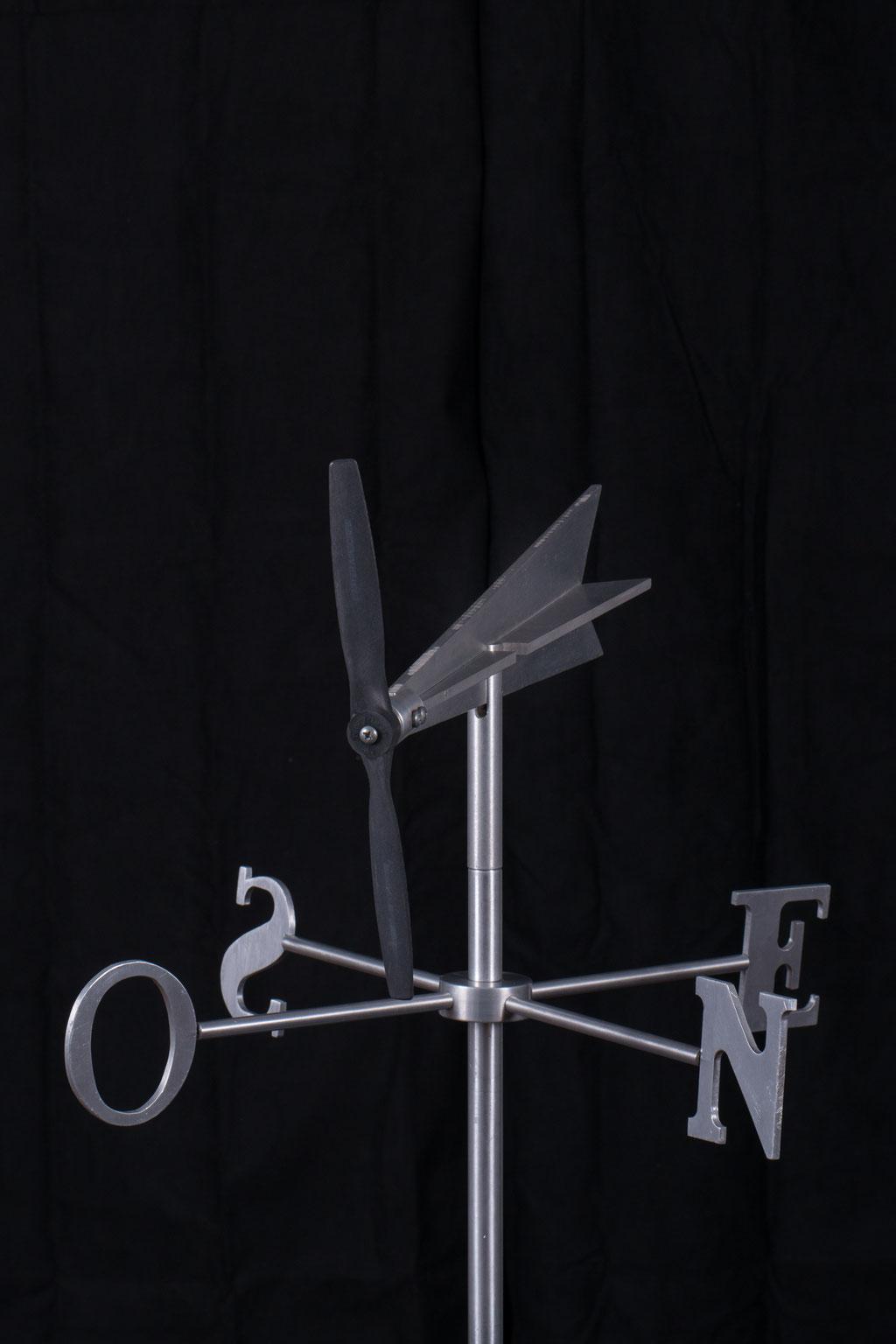 "Girouette Fly winl, Aluminium , 30"" haut x 24"" x 24"", 2015.  $350.00"