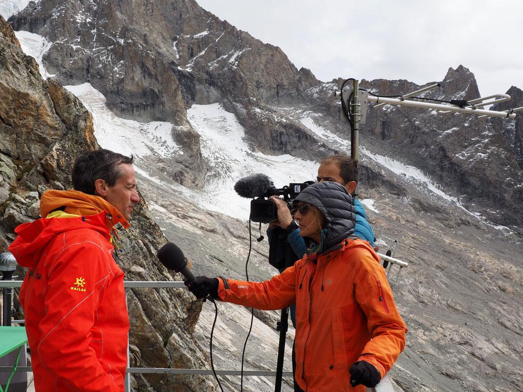 Nicolas Raynaud, président de la FFCAM hier devant la caméra et le micro de France 3
