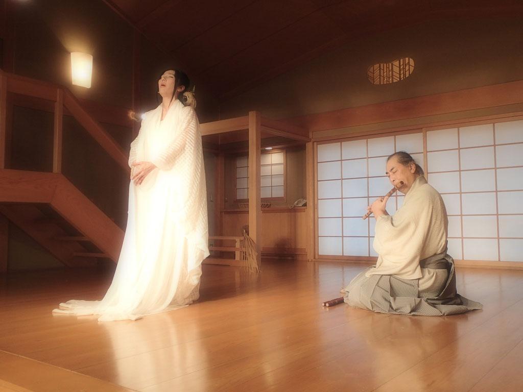 キリロラ☆あわのうたを唄う。 石笛の横澤和也さんと。