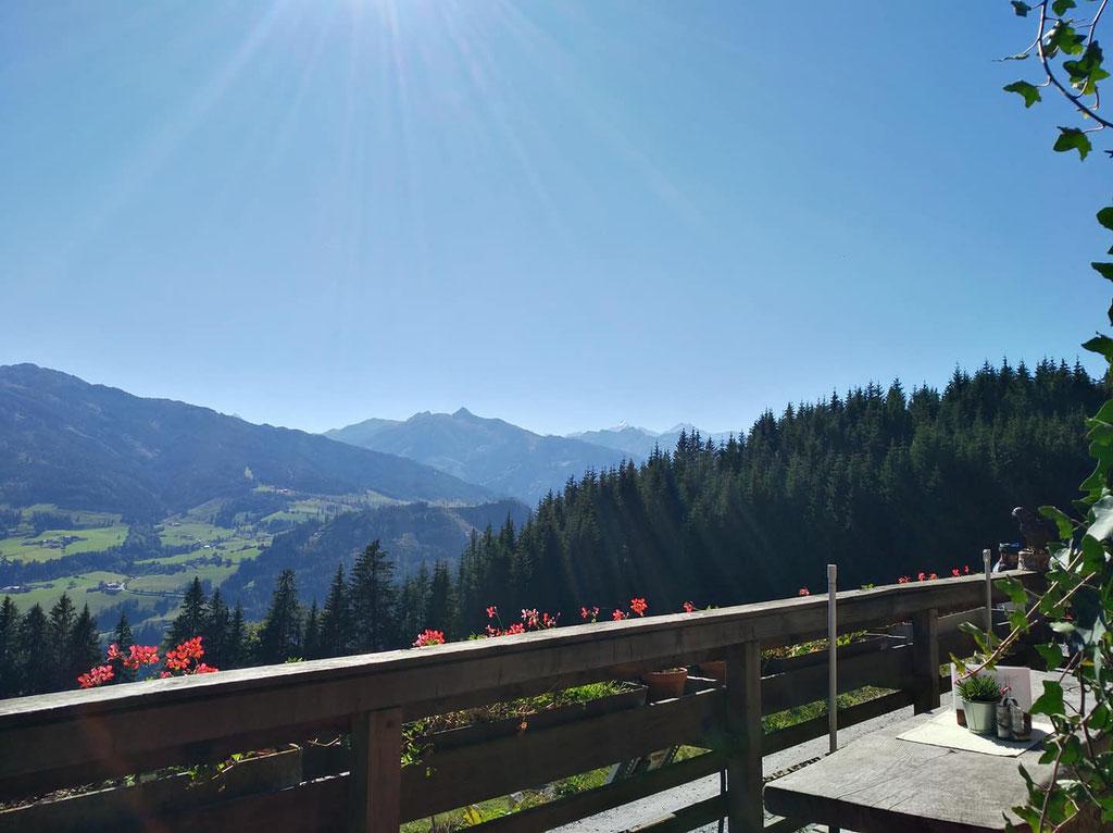 Aussicht Alm; Salzburger Bergwelt; Urlaub in Pongau; Sonnenterrasse Salzburgs;