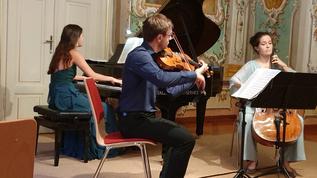 Accio Piano Trio