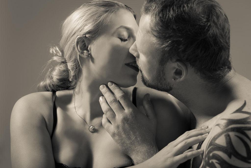 Erotisches Fotoshooting für Paare ein spitzen Abenteuer und ein super Geschenk für den Freund oder die Freundin