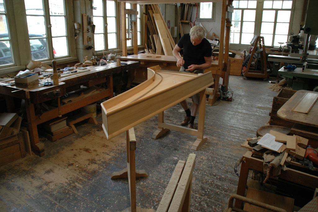 ......concentrated work when pulling the strings © Achim Heinrichs-Heger — at Lennep.