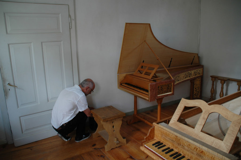 I may try out the instruments © Achim Heinrichs-Heger — at Lennep.