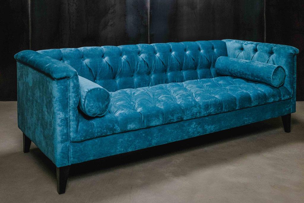 MÖBELLOFT Chesterfield Couch im Barock Design