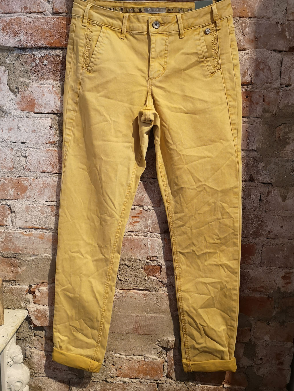Hose Nile loose long mustard 169,00 €