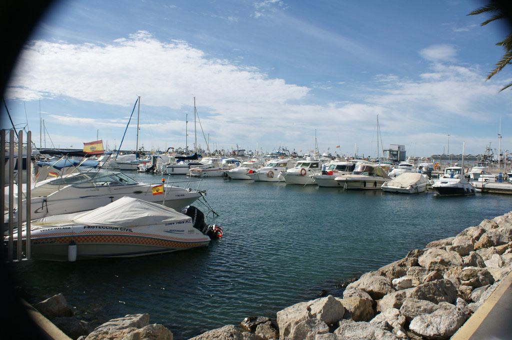 Schöne Boote im Hafen