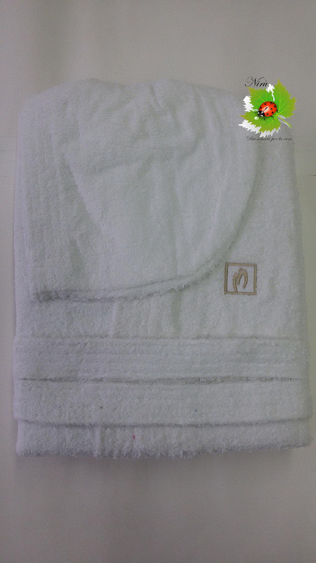 Accappatoio con cappuccio in spugna puro cotone 100% Marta Marzotto. Col.Bianco. B197
