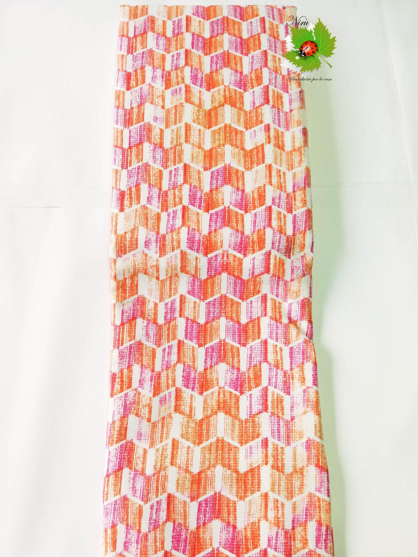 Copriletto leggero di tela una piazza e mezza Linea Oro stile geometrico. Col.Fucsia. B484