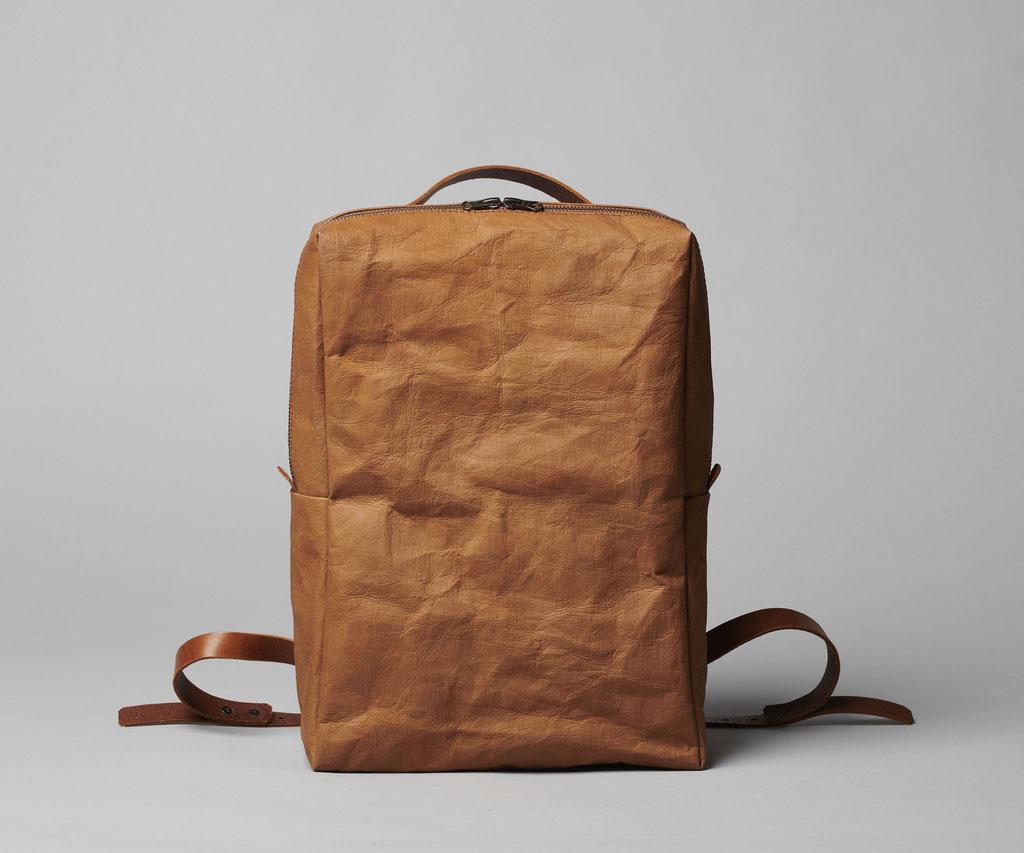 Rucksack / Backpack tabak