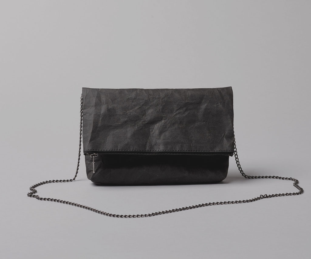 Folded clutch black