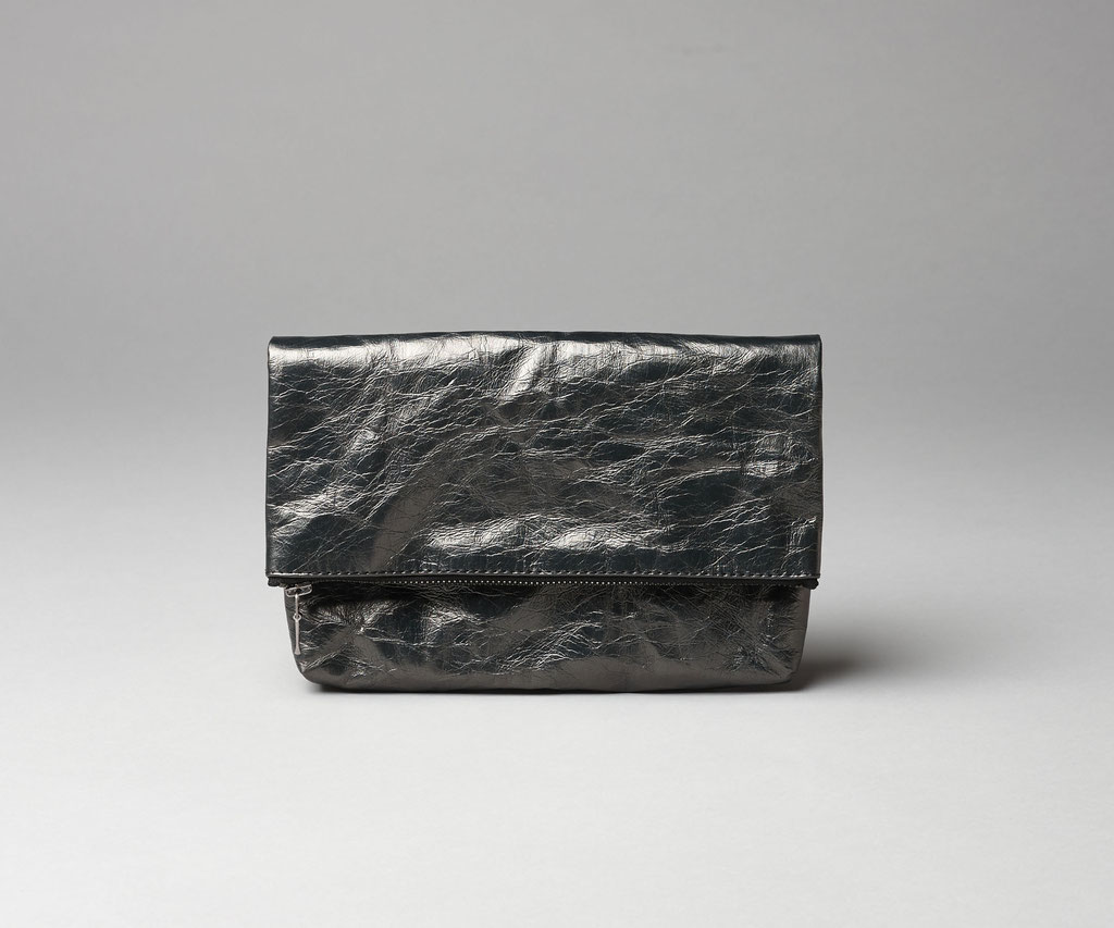 Folded clutch zinc