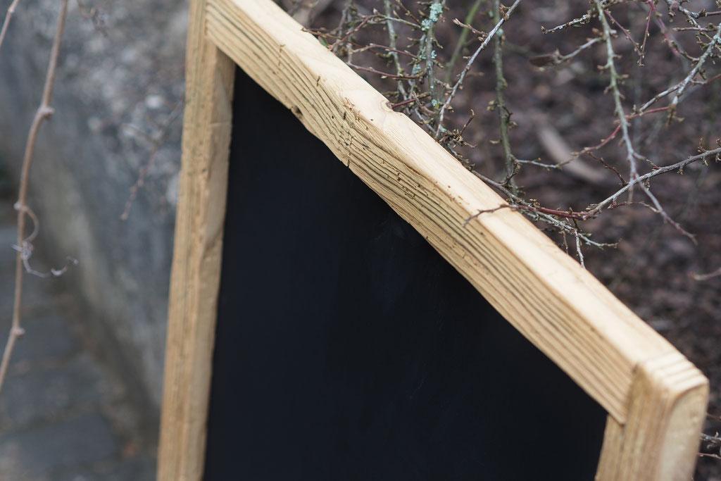 Kreidetafel mit Holzrahmen