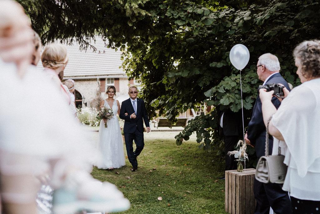 Einzug der Braut Hochzeit auf dem Gut Rothensiek