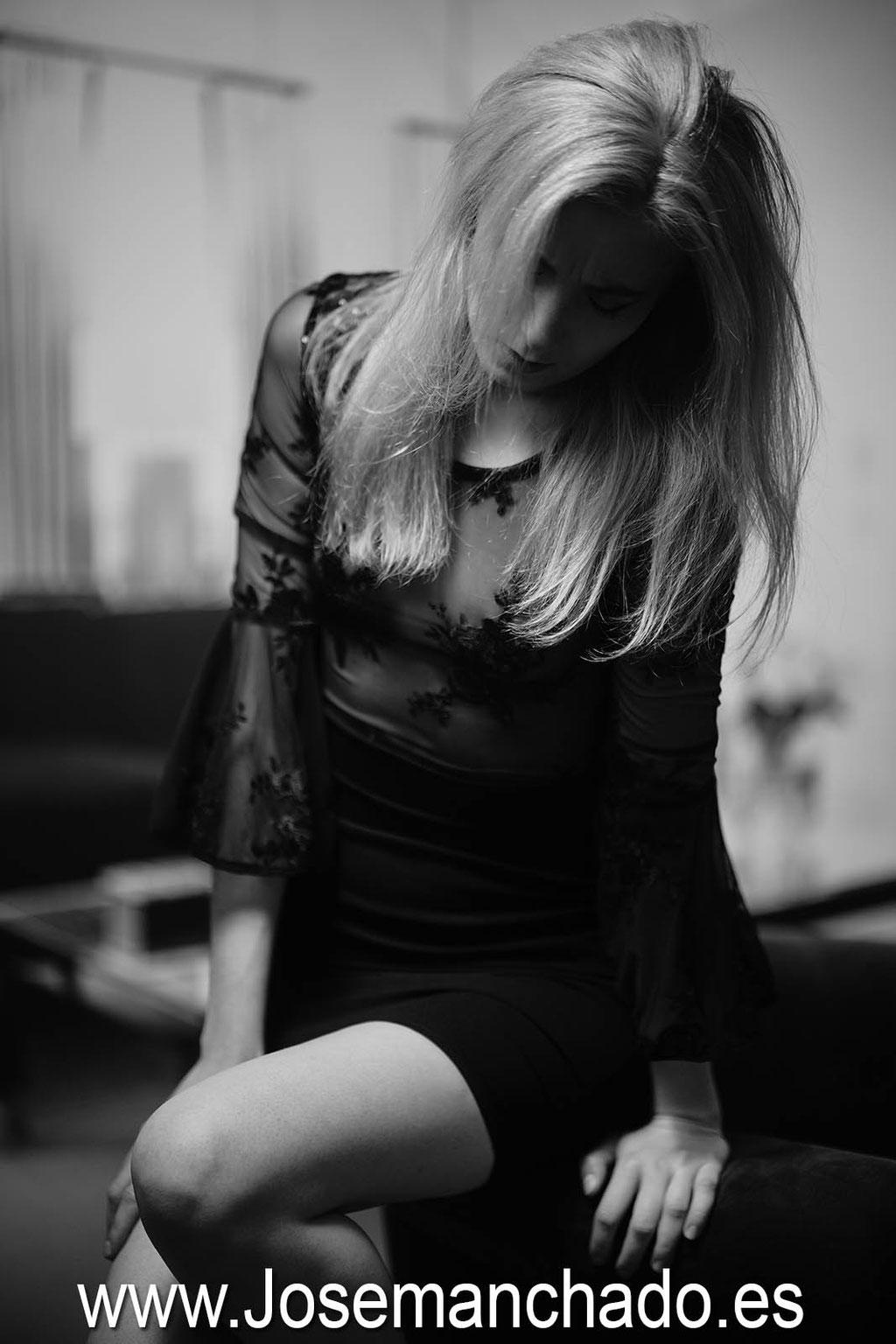 retrato en blanco y negro, book elegante, sesion fotos elegantes, fotografía elegante, fotos blanco y negro elegantes