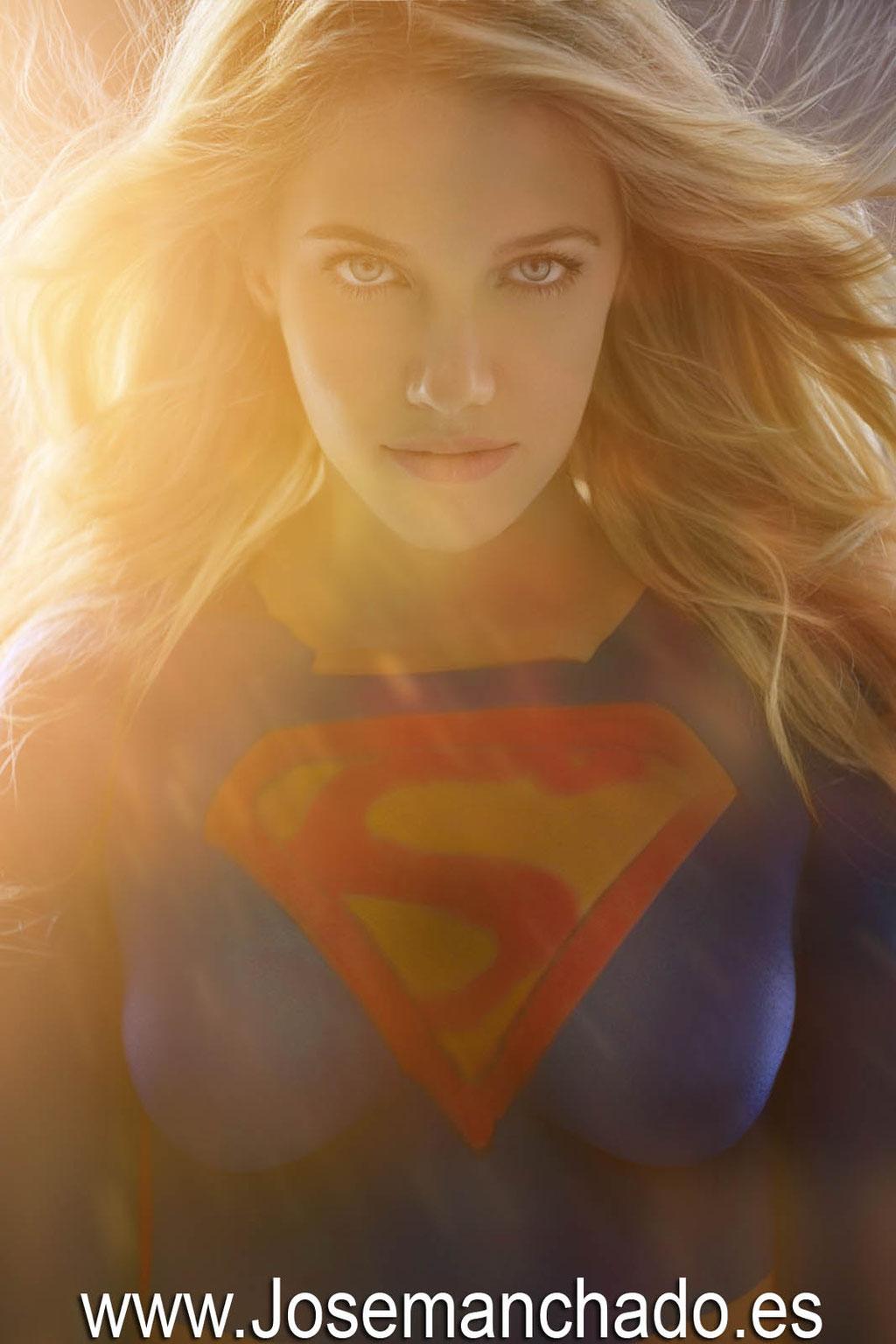 bodypaint supergirl, bodypaint superheroe, bodypaint madrid, book fotos bodypaint