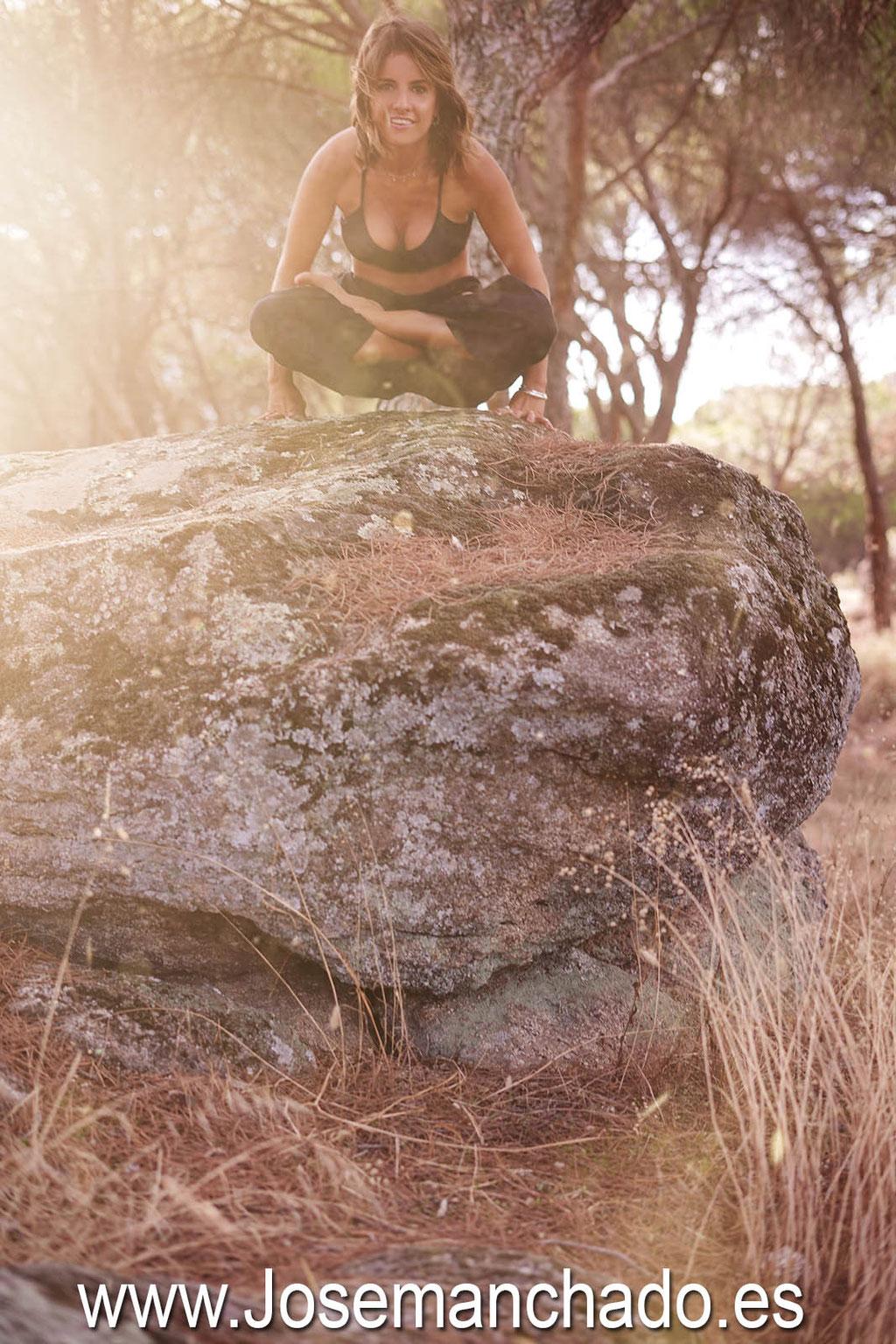 yoga, naturaleza, yoga en naturaleza, book fotos yoga, book fotos yoga madrid, book fotos yoga naturaleza, book fotos yoga campo
