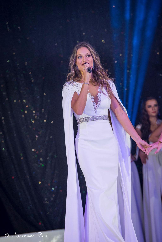 Camille Bernard, Miss Rhône-Alpes 2016 portant la robe Dauphinelle de la Collection Mariée 2018 - Election Miss Rhône-Alpes 2017 pour Miss France 2018